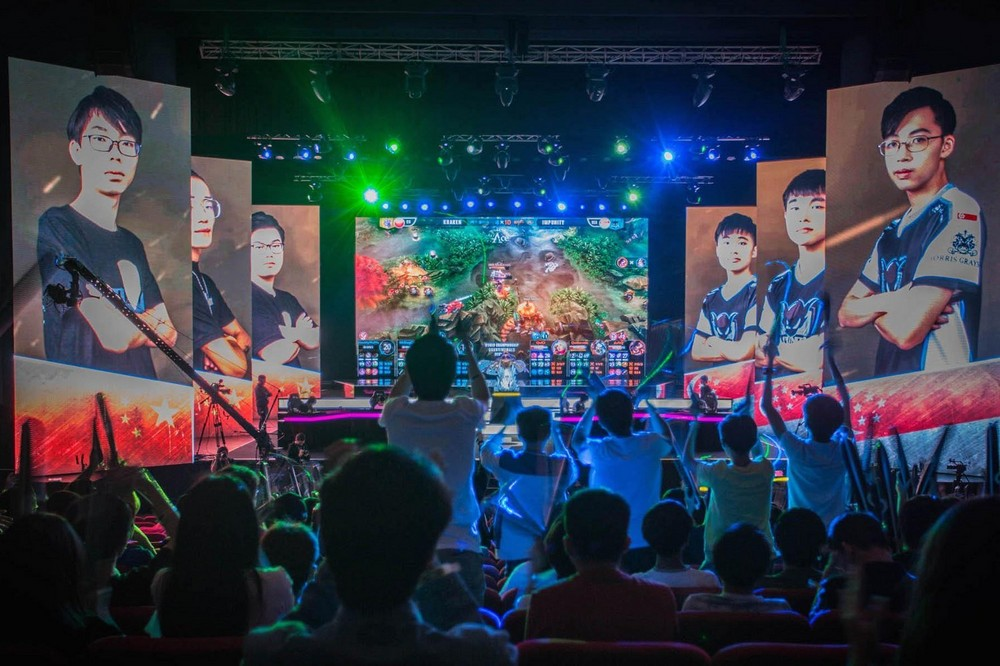 cb74e0ba47d55c1118cb7994b2cec6b7_Do-SEMC-capable-to-repeat-the-victory-in-Vainglory-Worlds-2017-that-breaks-the-record-of-Twitch-spectators.-Source-redbullcom